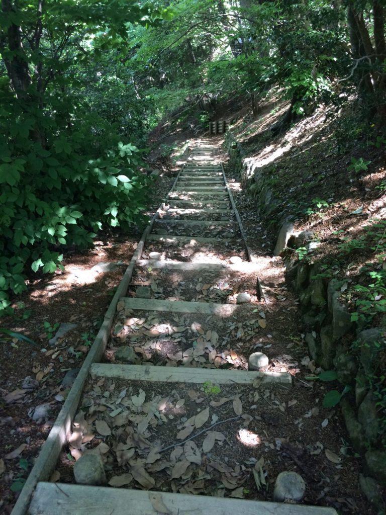 2号路北階段