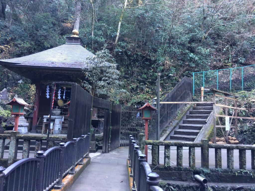 琵琶滝階段